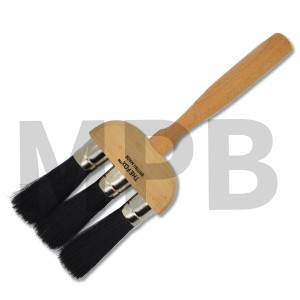 The Fox Bristle 3 Ring Dust Brush
